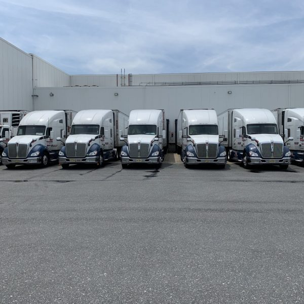 tractor-trailers-in-row-scaled-1.jpg